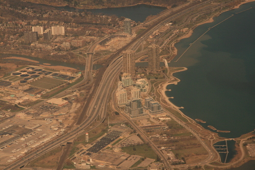 [Picture: Toronto from the air 5]