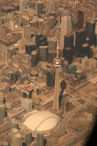 [Picture: Toronto from the air 13]
