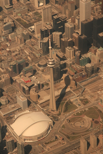 [Picture: Toronto from the air 15]