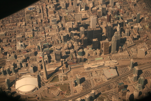 [Picture: Toronto from the air 18]