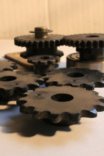 [Picture: Cogs 11: front in focus]