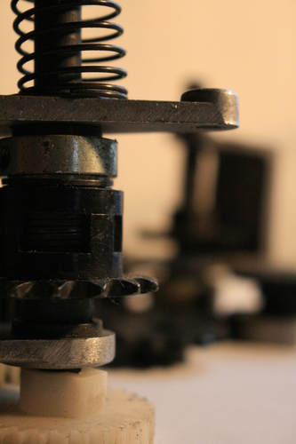 [Picture: Cogs 15: cogs with spring 2]