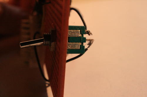 [Picture: electronic toggle switch 6: side view 1]