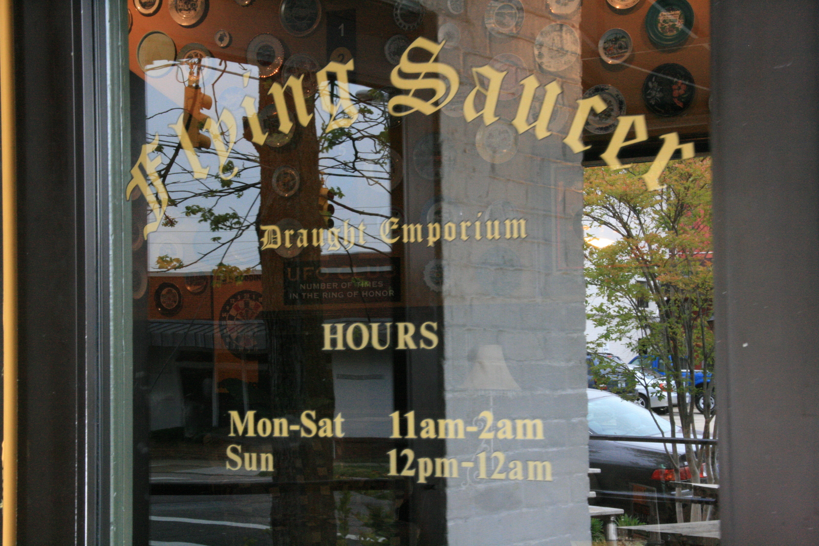 [Picture: Flying Saucer Pub]