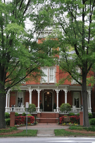 [Picture: Dodd-Hinsdale House 3]