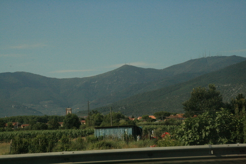 [Picture: On the way to S. Gimignano]