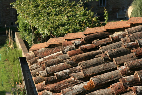 [Picture: Roof tiles 2]