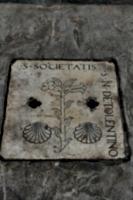 [picture: Gravestone slab 1]