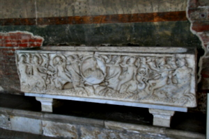[picture: Marine Sarcophagus 4]