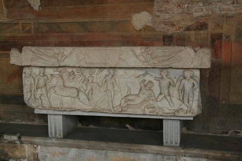 [Picture: Second century sarcohpagus 1]
