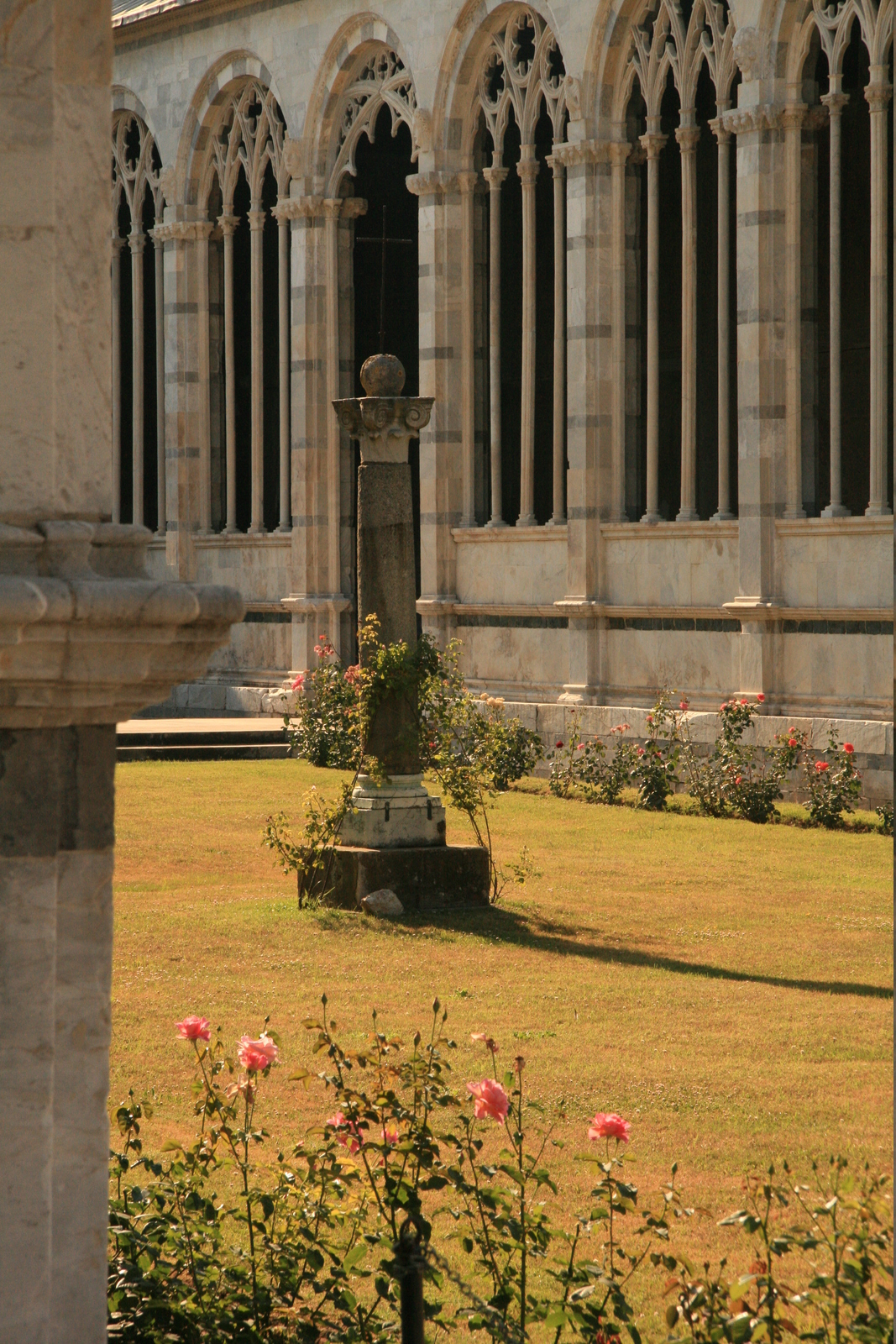 [Picture: Camposanto Cloister Courtyard 2]