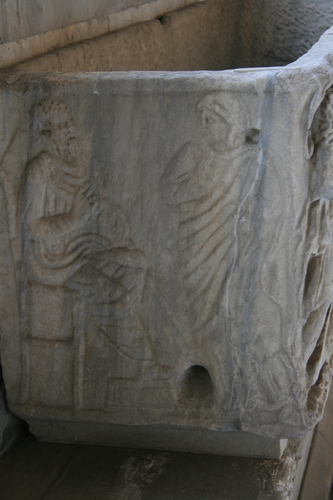 [Picture: Sarcophagus 4: the other end]