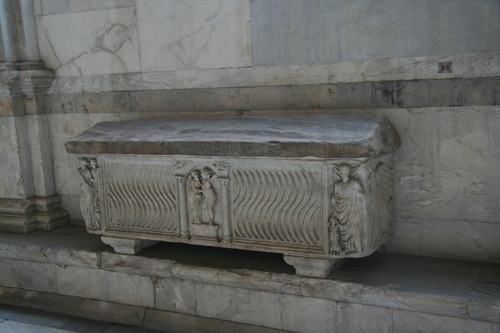 [Picture: Rectangular fluted sarcophagus]