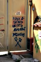 [picture: Graffiti: Punx]