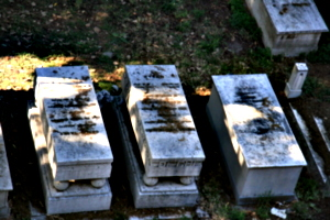 [picture: Jewish Cemetary 24: Tombs with Feet]