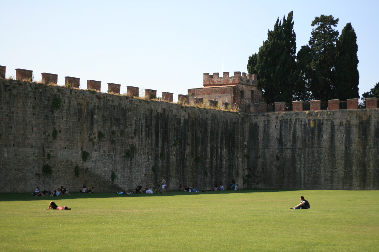 [Picture: Fortified Lawn]