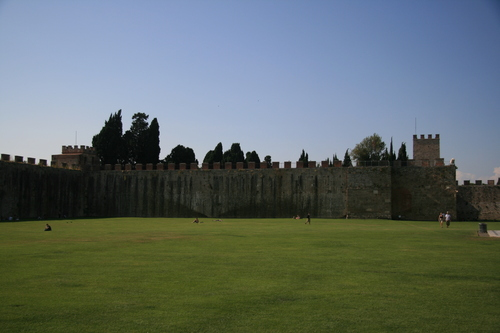 [Picture: Field of Dreams: the castle walls 2]