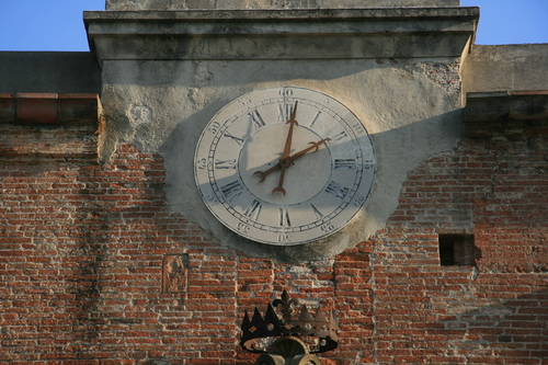 [Picture: Clock face]