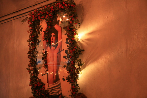 [Picture: Inside a restaurant 3: Italian Jesus]