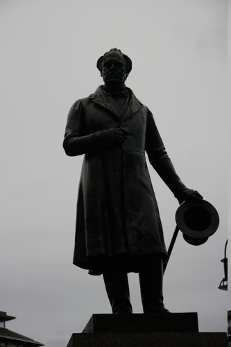 [Picture: George Square 1: Statue of James Oswald 2]