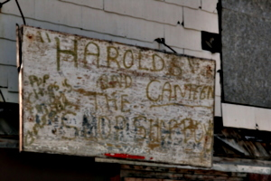 [picture: Harold's Canteen 2]