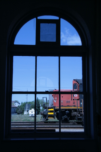 [Picture: Engine seen through the waiting room window 2]