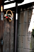 [picture: Temple door]