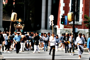 [picture: Procession 6: crossing the street]