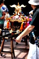 [picture: mikoshi poles]
