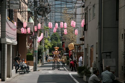 [Picture: Lanterns and Mikoshi 3]