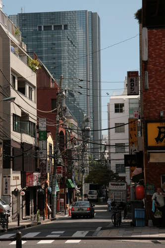 [Picture: Japanese street 1]
