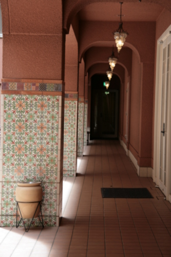 [Picture: Hotel corridor 3]