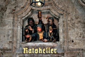 [picture: Ratskeller]