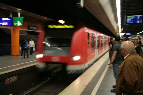 [Picture: Arriving train]