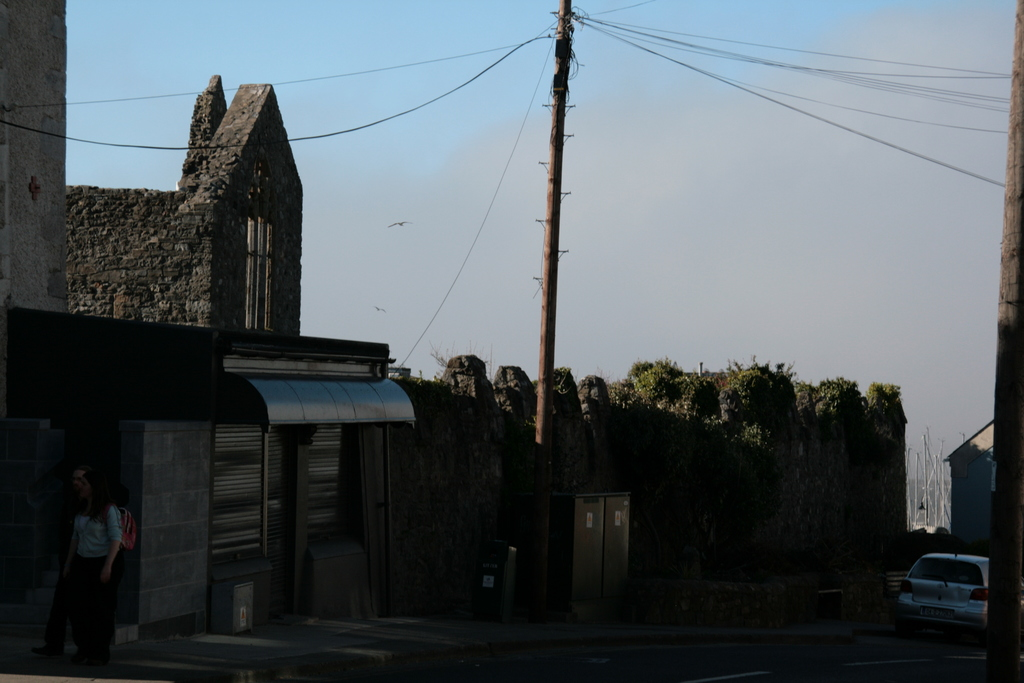 [Picture: Ruined chapel]
