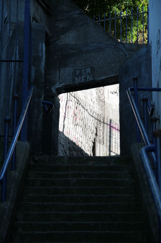 [Picture: Steps up 2]