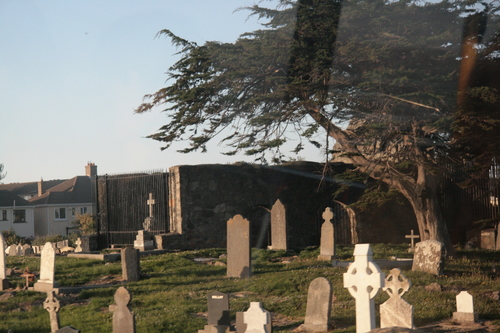 [Picture: Graveyard 1]