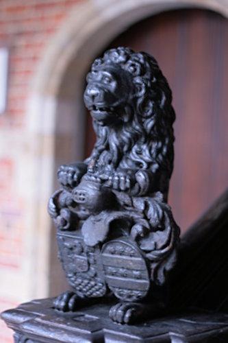 [Picture: Plantin-Moretus Statuette of a Lion]